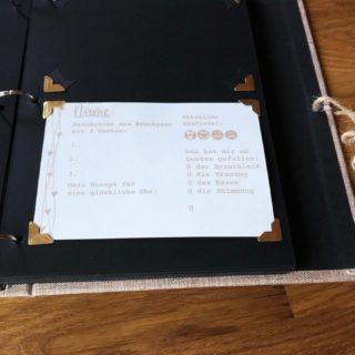 »Gästebuch ⠀⠀⠀⠀⠀⠀⠀⠀⠀ Gibts natürlich auf fast jeder Hochzeit und in jeder erdenklichen Ausführung! ⠀⠀⠀⠀⠀⠀⠀⠀⠀ Wie sieht's bei Euch aus, ist es Euch wichtig, dass sich die Gäste verewigen oder findet Ihr, dass so ein Buch für alle eher stressig ist? 🤔 ⠀⠀⠀⠀⠀⠀⠀⠀⠀ Als ich Trauzeugin sein durfte habe ich diese Variante für das Paar gebastelt ☝🏻 Die Karten hat @litilpostkort ganz individuell mit eigenem Logo für das Brautpaar angefertigt 😍 Durch die Fragen auf den Karten ging das Ausfüllen für die Gäste ganz flott - Ohne groß überlegen zu müssen, welcher Spruch ins Buch passen würde 😊️ ⠀⠀⠀⠀⠀⠀⠀⠀⠀ Die verwendeten Materialen findet Ihr in meinem neuen Blog Eintrag 👉🏻 Link in der Bio 😬 ⠀⠀⠀⠀⠀⠀⠀⠀⠀ #worthalterin #Gästebuch #Hochzeit  #diy